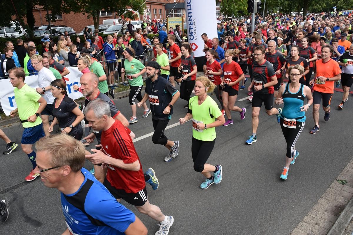 zum Bild: Am Samstag, dem 22.06.2019, findet die 17. Auflage des Remmers-Hasetal-Marathons beim VfL Löningen statt. Foto: Matthias Garwels.