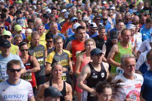 zum Bild: Die Veranstalter erwarten für 2020 wieder ein starkes Starterfeld beim ´Remmers-Hasetal-Marathon des VfL Löningen´. Foto: Matthias Garwels.